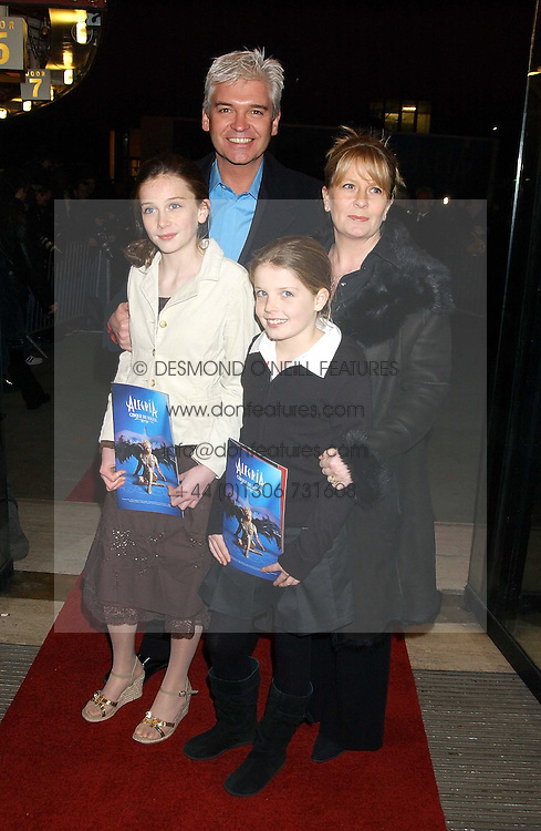 TV presenter PHILIP SCHOFIELD and his wife STEPHANIE with their children MOLLY (in white) and RUBY at the press night of Cirque Du Soleil's 'Alegria' held at the Royal Albert, London on 5th January 2006.<br /><br />NON EXCLUSIVE - WORLD RIGHTS