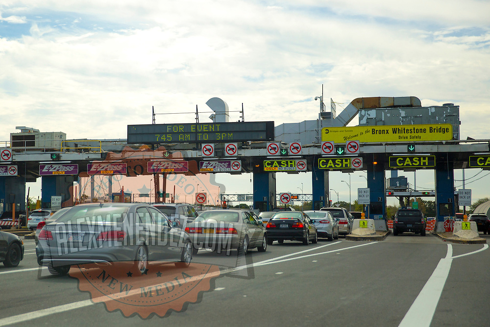 A general view of the toll plaza for the Bronx Whitestone Bridge in New York City on Sunday, September 27, 2015. (Alex Menendez via AP)