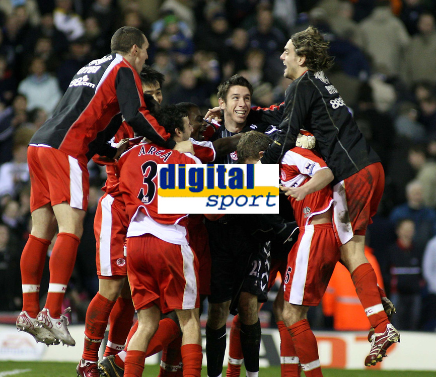 Photo: Mark Stephenson.<br /> West Bromwich Albion v Middlesbrough. The FA Cup. 27/02/2007.The Middlesbrough team celebrate there fa cup replay win over West Brom