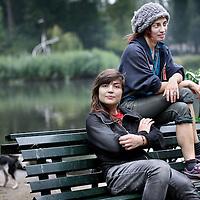 Nederland, Amsterdam , 3 augustus 2011..Krakers Zoe (vooraan) en Merel..Beide hebben een paar weken vastgezeten...Foto:Jean-Pierre Jans