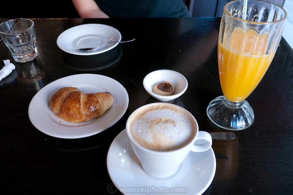 Breakfast in a cafe in Buenos Aires