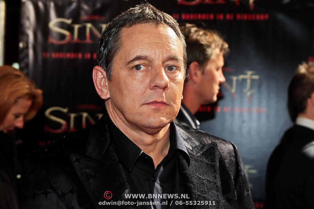 NLD/Amsterdam/20101103- Filmpremiere Sint de film, Dick Maas