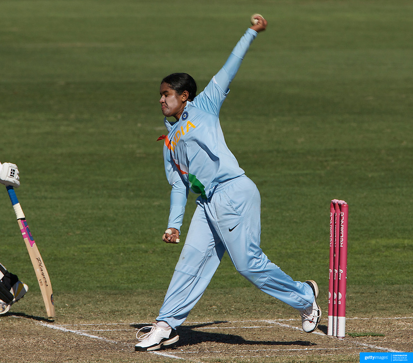 Gouher Sultana bowling during the match between New Zealand and India in the Super 6 stage of the ICC Women's World Cup Cricket tournament at North Sydney  Oval, Sydney, Australia on March 17, 2009. New Zealand beat India by 5 wickets. Photo Tim Clayton