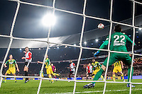 ROTTERDAM - Feyenoord - ADO Den Haag , Voetbal , KNVB Beker , Seizoen 2016/2017 , De Kuip , 14-12-2016 , Feyenoord speler Nicolai Jorgensen (l) scoort de 1-0