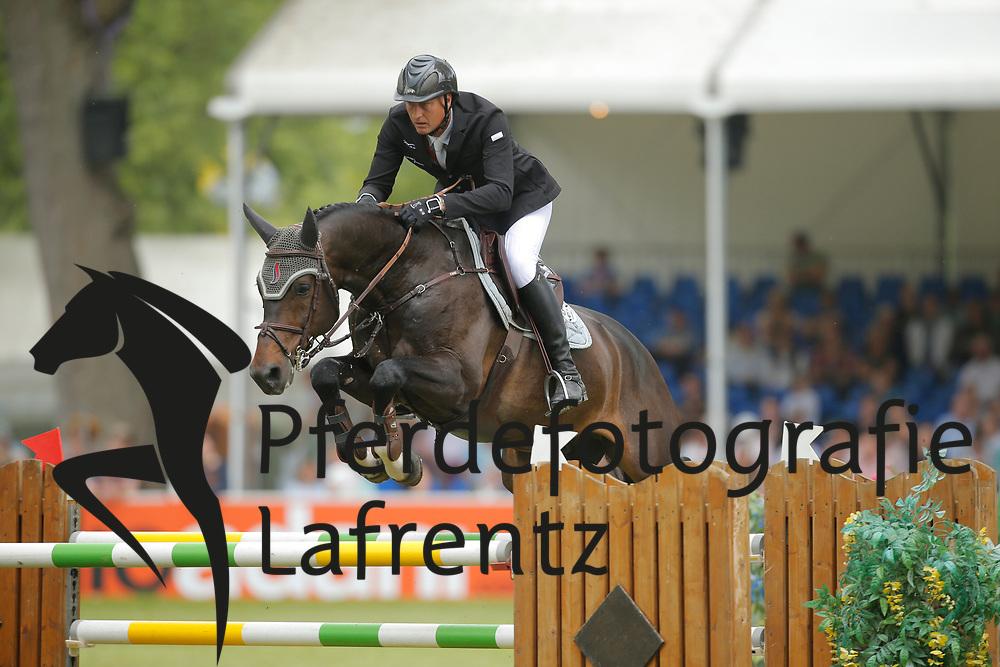Houtzager, Marc, Sterrehof´s Baccarat<br /> Wiesbaden - Pfingstturnier 2015<br /> Qualifikation Riders Tour<br /> © www.sportfotos-lafrentz.de/Stefan Lafrentz