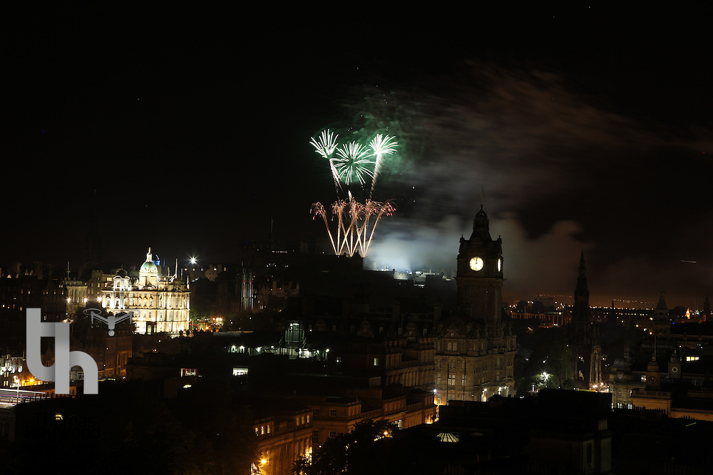 Edinburgh Tattoo Fireworks 15-08-10