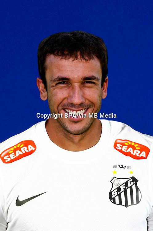 Thiago Ribeiro Cardoso  ( Santos Futebol Clube )