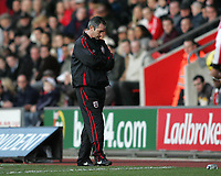 Photo: Lee Earle.<br /> Southampton v Ipswich Town. Coca Cola Championship. 21/01/2006. Saints head coach George Burley.