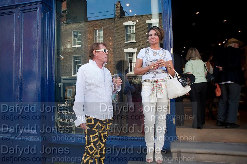 ANDREW FOX; SALLY-MARGUERITE COUNTESS DE WYNTER, Pimlico Road party. 22 June 2010. -DO NOT ARCHIVE-© Copyright Photograph by Dafydd Jones. 248 Clapham Rd. London SW9 0PZ. Tel 0207 820 0771. www.dafjones.com.