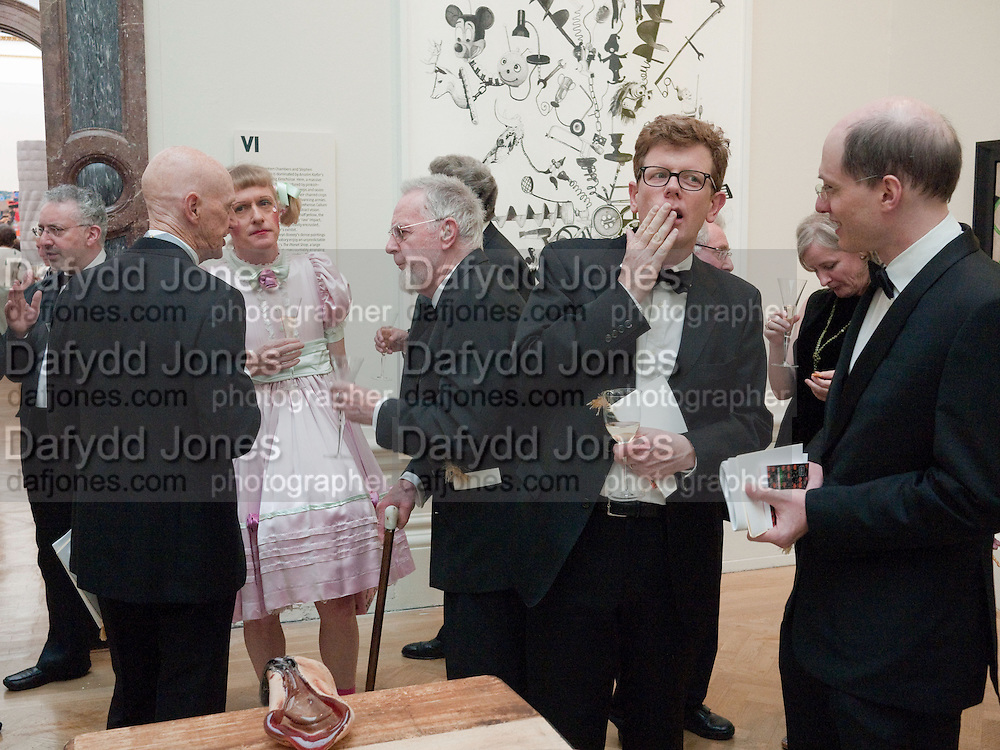 ALLEN JONES; GRAYSON PERRY; MARK BELL; ALAIN DE BOTTON, Annual Dinner. Royal Academy of Arts. Piccadilly. London. 8 June 2010. -DO NOT ARCHIVE-© Copyright Photograph by Dafydd Jones. 248 Clapham Rd. London SW9 0PZ. Tel 0207 820 0771. www.dafjones.com.