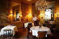 l'Ambroisie, Chef Bernard Pacaud, Place des Vosges, Paris<br />