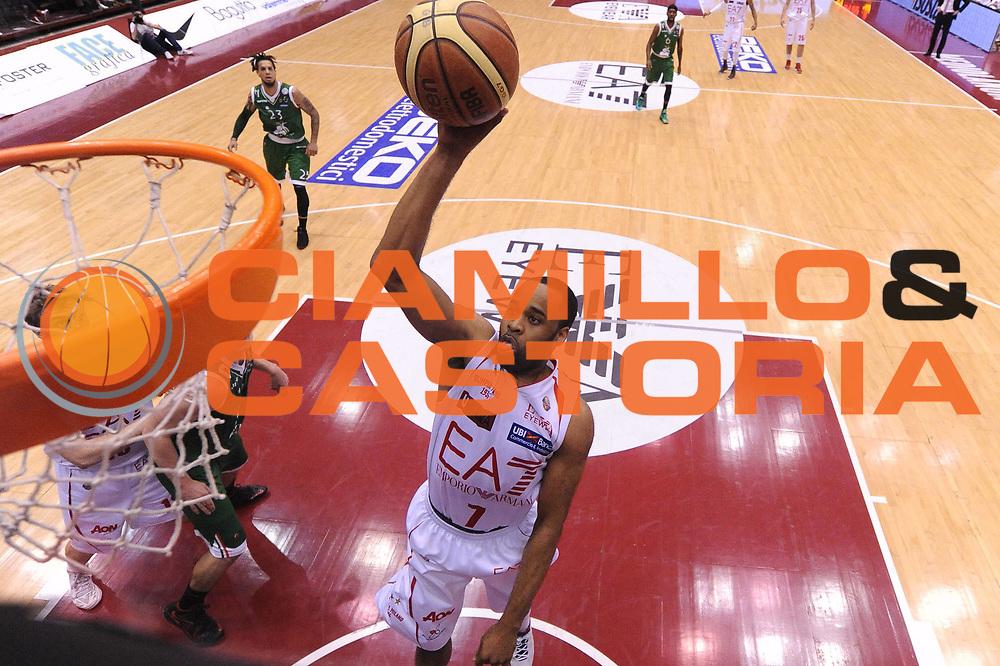 DESCRIZIONE : Milano Lega A 2012-13 Play Off Quarti di Finale Gara2 EA7 Olimpia Armani Milano Montepaschi Siena<br /> GIOCATORE : Malik Hairston<br /> CATEGORIA : special tiro<br /> SQUADRA : EA7 Olimpia Armani Milano Montepaschi Siena<br /> EVENTO : Campionato Lega A 2012-2013 Play Off Quarti di Finale Gara2<br /> GARA : EA7 Olimpia Armani Milano Montepaschi Siena<br /> DATA : 12/05/2013<br /> SPORT : Pallacanestro<br /> AUTORE : Agenzia Ciamillo-Castoria/M.Marchi<br /> Galleria : Lega Basket A 2012-2013<br /> Fotonotizia : Milano Lega A 2012-13 EA7 Olimpia Armani Milano Montepaschi Siena<br /> Predefinita :