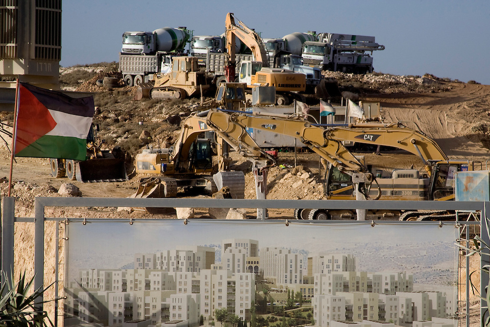 View of the new neighborhood of Warabi under construction on the outskirt of Ramallah...Photo by Olivier Fitoussi