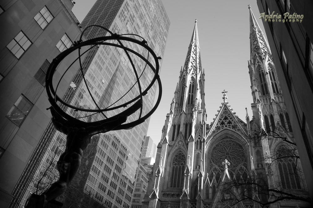 Statue of Atlas in front of Saint Patrick's Cathedral, New York