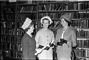 14/06/1963.06/14/1963.14 June 1963.Presentation of Admission Parchments at Solicitors Building of the Four Courts Dublin. Helen M. Kirwan, (B.C.L.), Hillery, Howth Road, Raheny, Dublin; Majorie O'Callaghan, (B.A.), Carberry, Silchester Road, Dunlaoghaire, Co. Dublin and Carmel Mercedes O'Halloran, 67 Sandford Road, Dublin were amongst the new solicitors, who received their admission parchments at the Incorporated Law Society.