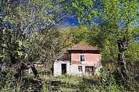 Abandoned house outside the village of Isverna. Geoparcul Platoul Mehedinți, Romania.