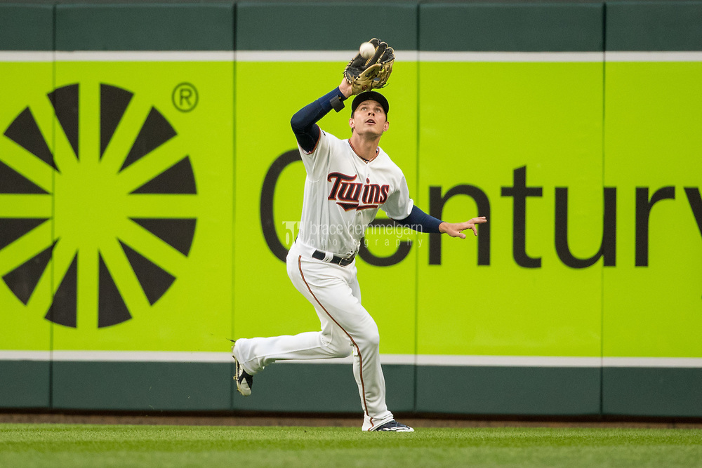 MINNEAPOLIS, MN- APRIL 3: Max Kepler #26 of the Minnesota Twins fields against the Kansas City Royals on April 3, 2017 at Target Field in Minneapolis, Minnesota. The Twins defeated the Royals 7-1. (Photo by Brace Hemmelgarn) *** Local Caption *** Max Kepler