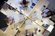 Belo Horizonte_MG, Brasil...Setor de atendimento de uma empresa...The attendants in a company...Foto: LEO DRUMOND / NITRO