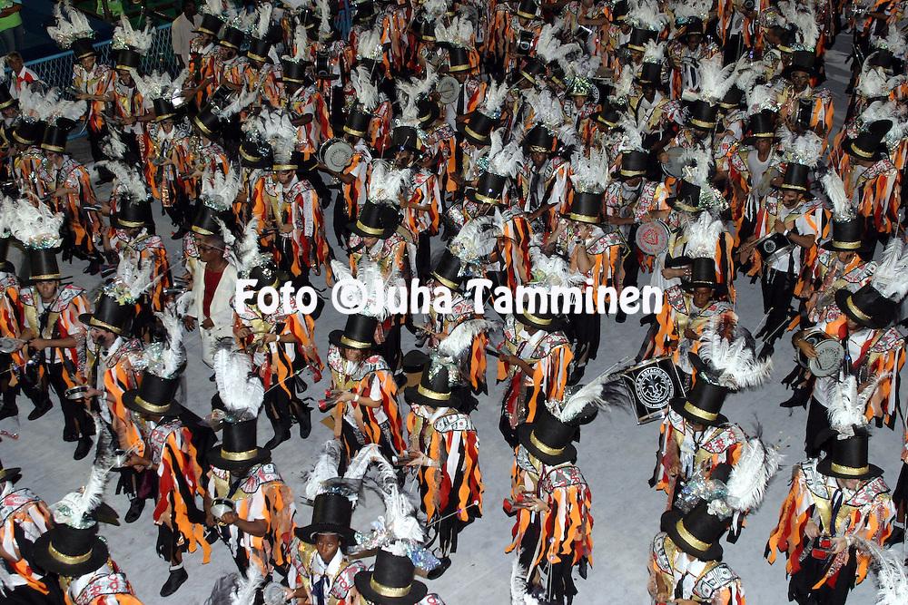 21.02.2004, Samb?dromo, Rio de Janeiro, Brazil..Carnaval 2004 - Desfile das Escolas de Samba, Grupo de Acesso A / Carnival 2004 - Parades of the Samba Schools..Desfile de / Parade of:  GRES Est?cio de S?.©Juha Tamminen