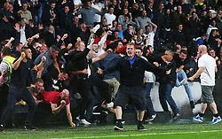 Manchester United fans celebrate after Marcus Rashford's late goal - Mandatory by-line: Matt McNulty/JMP - 27/08/2016 - FOOTBALL - KC Stadium - Hull, England - Hull City v Manchester United - Premier League