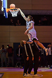 13-03-2011 BASKETBAL: HEREN ALL STAR GALA: ZWOLLE<br /> <br /> Henry Bekkering CAN-NLD (Gasterra Flames Groningen) tijdens de dunkwedstrijd<br /> ©2011-WWW.FOTOHOOGENDOORN.NL / Peter Schalk