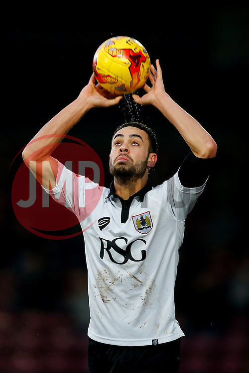 Derrick Williams of Bristol City takes a takes a throw in in - Photo mandatory by-line: Rogan Thomson/JMP - 07966 386802 - 17/01/2015 - SPORT - FOOTBALL - Scunthorpe, England - Glanford Park - Scunthorpe United v Bristol City - Sky Bet League 1.