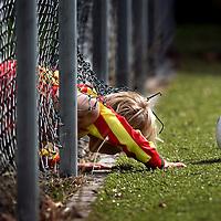 Beuningen, Nederland, 11-09-2004.<br /> Voetbal.<br /> Pupillen-F.<br /> Tijd : 11.59 uur.<br /> Foto:Klaas Jan van der Weij.