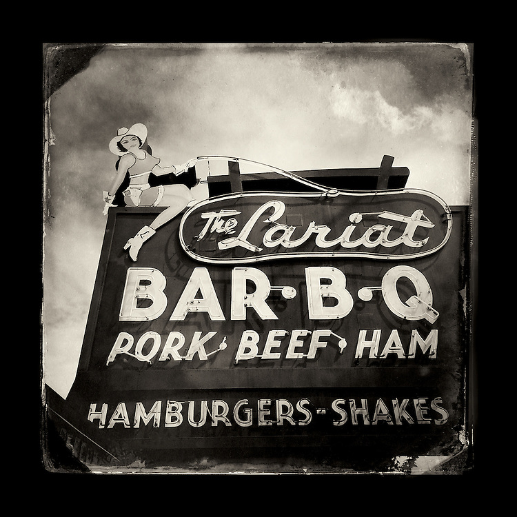 "Charles Blackburn image of The Lariat BBQ sign in Yakima, WA. 5x5"" print."