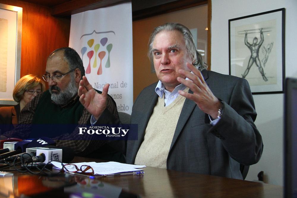 Montevideo, 9 de mayo. Instituto Nacional de Derechos Humanos.<br /> Juan Raul Ferreira dando a conocer el informe anual.<br /> Foto Gaston Britos Agencia Foco