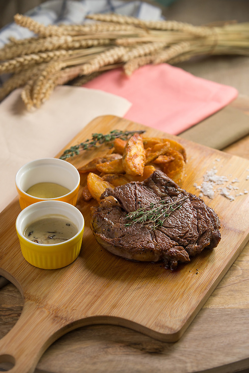 Commercial food photography for MEET Dining