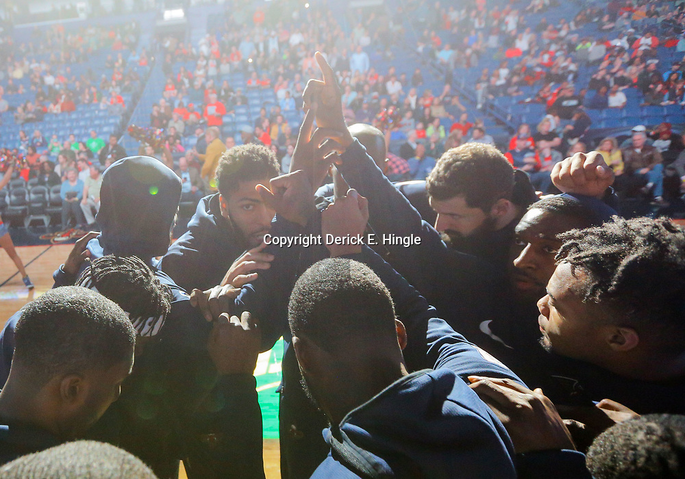 Mar 13, 2018; New Orleans, LA, USA; New Orleans Pelicans forward Anthony Davis (center) huddles with teammates before a game against the Charlotte Hornets at the Smoothie King Center. Mandatory Credit: Derick E. Hingle-USA TODAY Sports