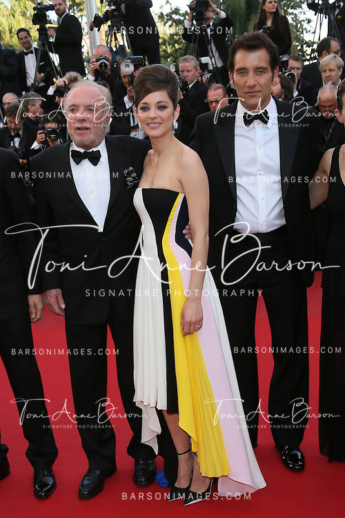 CANNES, FRANCE - MAY 20:  James Caan, Marion Cotillard and Clive Owen attend the Premiere of 'Blood Ties' during the 66th Annual Cannes Film Festival at the Palais des Festivals on May 20, 2013 in Cannes, France.  (Photo by Tony Barson/FilmMagic)