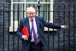 © Licensed to London News Pictures. 20/02/2018. London, UK. Foreign Secretary Boris Johnson leaves 10 Downing Street after the weekly Cabinet meeting. Photo credit: Rob Pinney/LNP