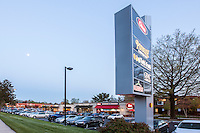Architectural exterior image of the retail center at Maryland Executive Park