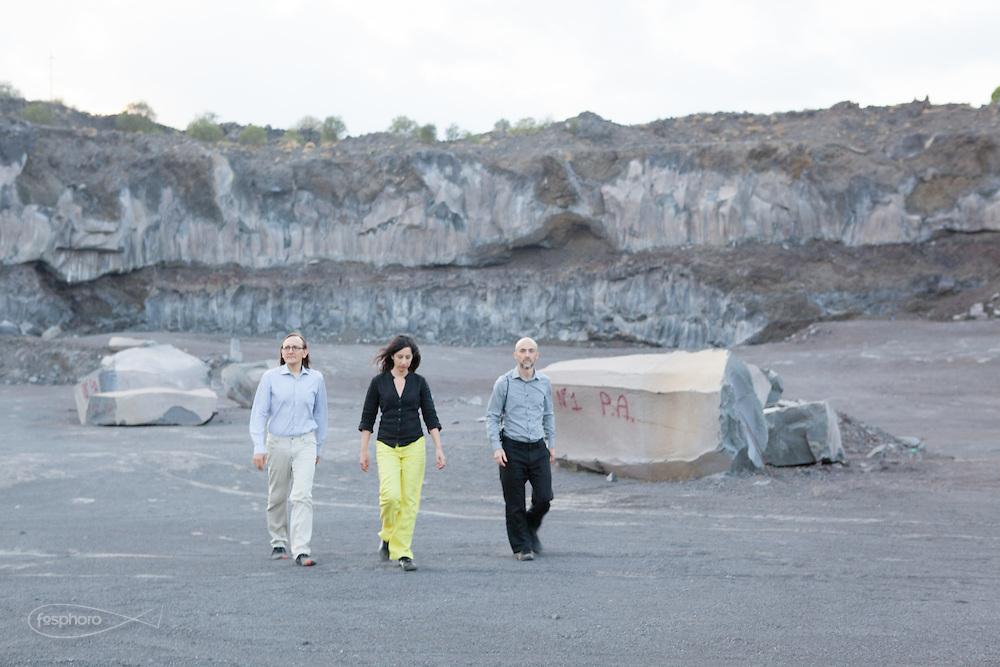 Etna(CT) - Studiocharlie (Rovato - BS) in visita ad una cava di pietra lavica.