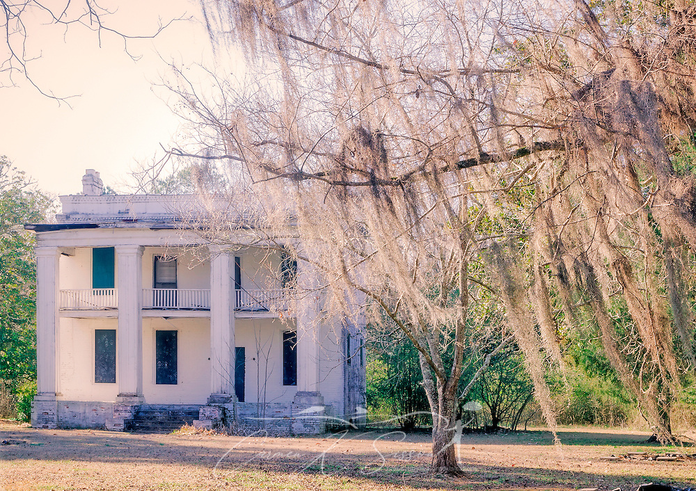 """The former slave quarters of Kirk-View Mansion are pictured, Feb. 7, 2015, at Old Cahawba Archaeological Park in Orrville, Alabama. The home was built for the Kirkptrick family but was burned down in 1935. The slave quarters were originally built behind the mansion. Cahaba, also known as """"Old Cahawba,"""" was Alabama's state capital from 1819-1826 but was abandoned after the Civil War. It is now considered a ghost town. It is located in Dallas County near Selma, Alabama. (Photo by Carmen K. Sisson/Cloudybright)"""
