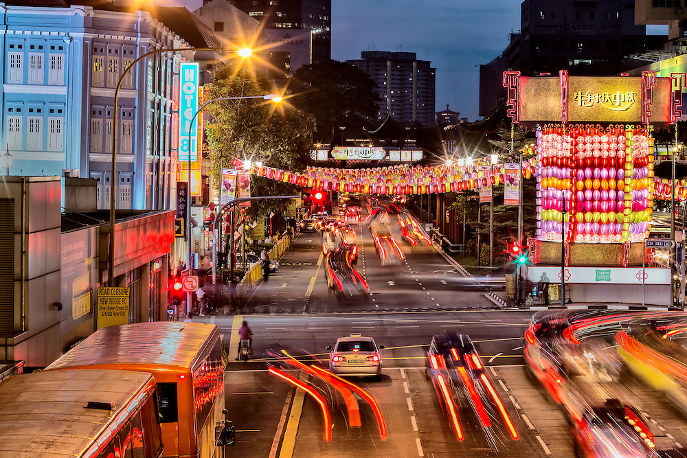The Chinatown area in Singapore usually gets more colourful during the Mid Autumn Festival as thousands of lanterns are being lighted up for the festive seasons. As a result, traffic tends to get heavier during this time.