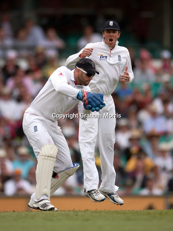 An excited Graeme Swann as wicket keeper Matt Prior takes behind during the fifth and final Ashes test match between Australia and England at the SCG in Sydney, Australia. Photo: Graham Morris (Tel: +44(0)20 8969 4192 Email: sales@cricketpix.com) 03/01/11