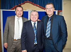 LIVERPOOL, ENGLAND - Friday, November 27, 2009: Graeme Sharp, Ronnie Goodlass and Darren Griffiths at the Health Through Sport charity dinner at the Devonshire House. (Photo by David Rawcliffe/Propaganda)