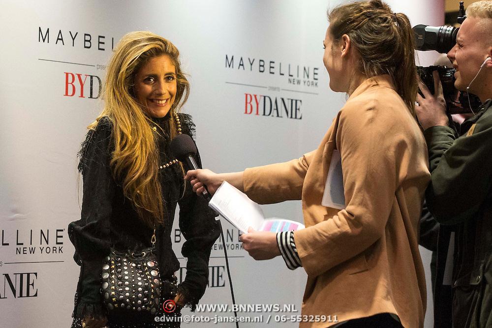NLD/Amsterdam/20140313 - Modeshow Danie Bles 2014, Danie geeft interview