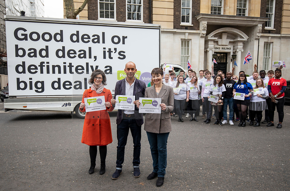 © Licensed to London News Pictures. 15/04/2018. London, UK. Green Party Co-Leader CAROLINE LUCAS (R), Liberal Democrat LAYLA MORAN (L) and Labour MP CHUKA UMUNNA (C) join activists from the campaign group People's Vote, which is calling for a public vote on the final Brexit deal. Photo credit: Rob Pinney/LNP