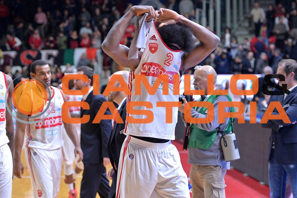 DESCRIZIONE : Varese Lega A 2014-15 Openjobmetis Varese Giorgio Tesi Group Pistoia<br /> GIOCATORE : Daniel Edward<br /> CATEGORIA : Delusione<br /> SQUADRA : Openjobmetis Varese<br /> EVENTO : Campionato Lega A 2014-2015<br /> GARA : Openjobmetis Varese Giorgio Tesi Group Pistoia<br /> DATA : 04/01/2015<br /> SPORT : Pallacanestro <br /> AUTORE : Agenzia Ciamillo-Castoria/I.Mancini<br /> Galleria : Lega Basket A 2014-2015 <br /> Fotonotizia : Varese Lega A 2014-15 Openjobmetis Varese Giorgio Tesi Group Pistoia<br /> Predefinita :