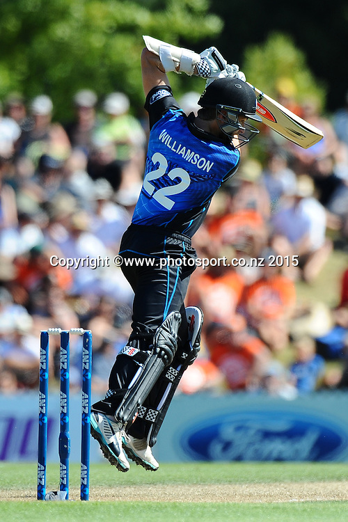 Black Cap player Kane Williamson during Match 4 of the ANZ One Day International Cricket Series between New Zealand Black Caps and Sri Lanka at Saxton Oval, Nelson, New Zealand. Tuesday 20 January 2015. Copyright Photo: Chris Symes/www.Photosport.co.nz