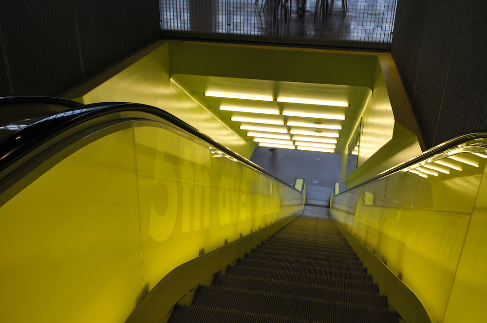 Escalator, Seattle Central Library, Principal Architects: Rem Koolhaas and Joshua Prince-Ramus of OMA/LMN, Seattle, Washington, USA