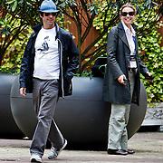 NLD/Amsterdam/20100623 -Sterrenmanager Matt Labof bezoelt Amsterdam