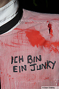 'Ich bin ein Junky' written on someone's shirt, The Junk Club, Southend, UK 2006