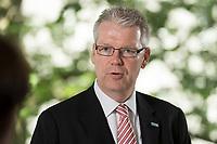 24 MAY 2012, BERLIN/GERMANY:<br /> Jochen Quick, Praesident Bundesverband Wirtschaft Verkehr und Logistik, BWVL, Hotel Maritim Berlin<br /> IMAGE: 20120524-01-007