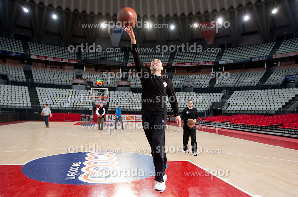 Goran Ostojic during practice session of basketball club KK Union Olimpija day before Euroleague Top 16 Round Match vs Lottomatica Roma, on January 19, 2011 in Arena PalaLottomatica, Rome, Italy. (Photo By Vid Ponikvar / Sportida.com)