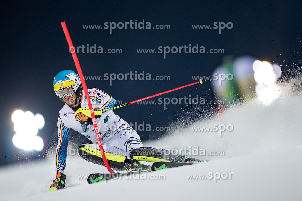24.01.2017, Planai, Schladming, AUT, FIS Weltcup Ski Alpin, Schladming, Slalom, Herren, 1. Lauf, im Bild Felix Neureuther (GER) // Felix Neureuther of Germany in action during his 1st run of men's Slalom of FIS ski alpine world cup at the Planai in Schladming, Austria on 2017/01/24. EXPA Pictures © 2017, PhotoCredit: EXPA/ Johann Groder