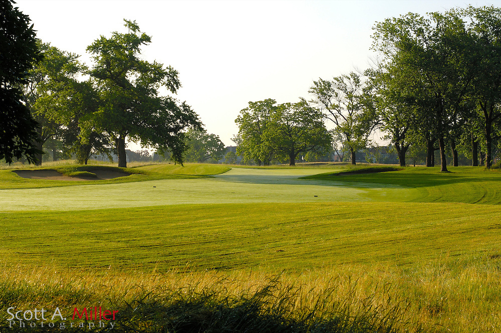 Glenview, Ill.:  June 29, 2006 - No. 14 at the Glen Club in Glenview, Ill...                ©2006 Scott A. Miller